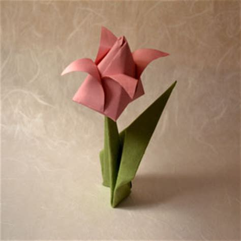 Origami Tulip With Stem - origami tulip