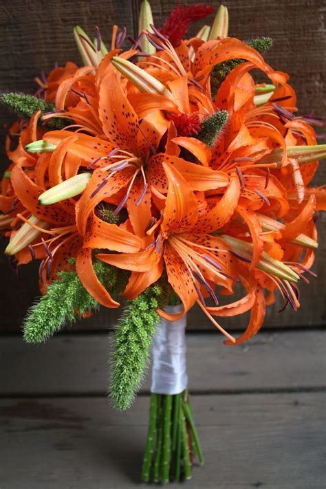 Tiger lily Wedding bouquet   matri   Pinterest