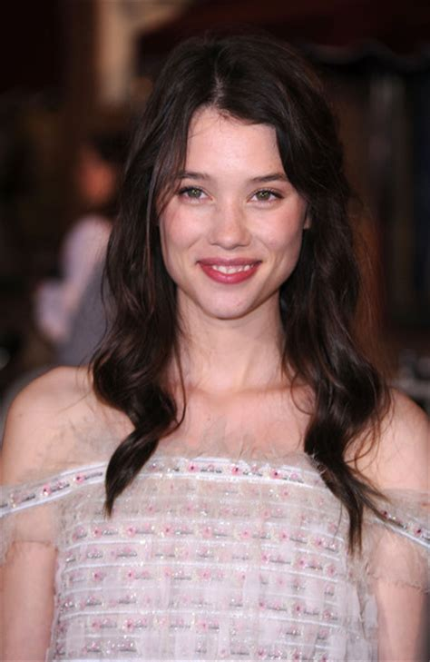 àstrid bergès frisbey height and weight 192 strid berg 232 s frisbey net worth celebrity sizes