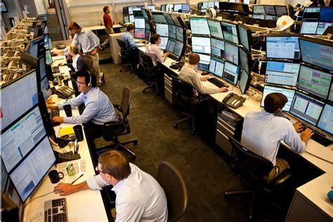 glass door us bank wealth management associate financialish trading desk assignments at wedbush