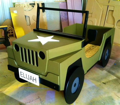 small jeep for kids furniture beds with jungle theme using green and