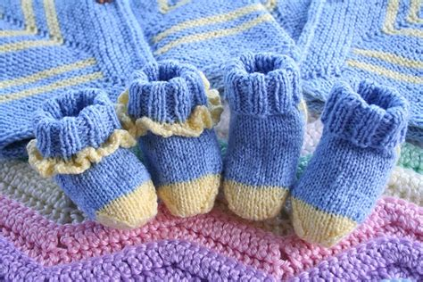 ravelry free knitting patterns for babies baby booties knit pattern ravelry