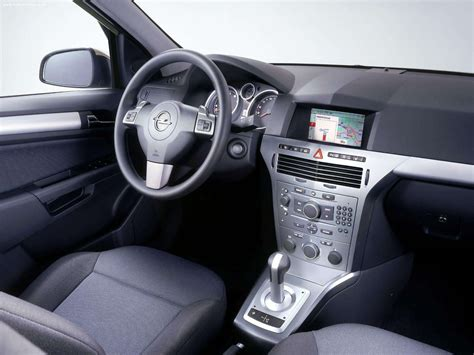 opel astra 2004 interior opel astra 2004 picture 24 1600x1200