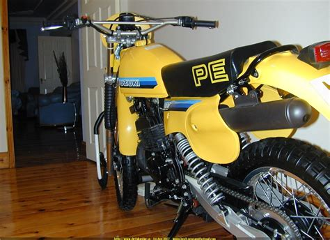 Suzuki Pe400 Dirtbike Rider Picture Website