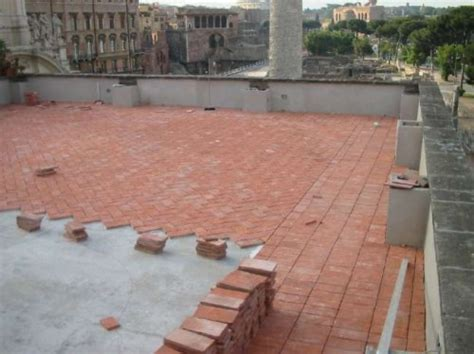messa in opera pavimenti messa in opera pavimento cotto roma