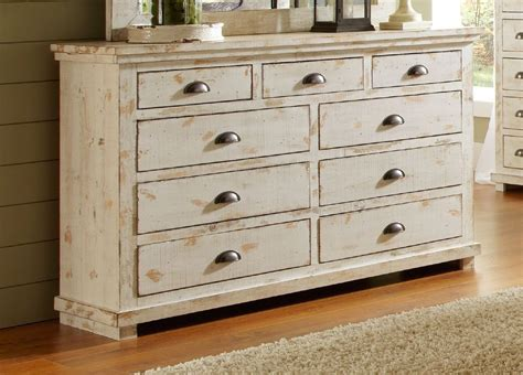 Distressed White Washed Bedroom Furniture by Bedroom Distressed White Oak Bedroom Furniture Look
