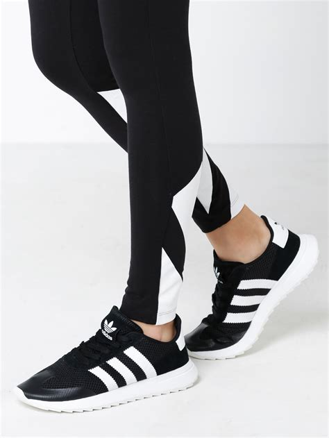 black and white womens sneakers adidas womens flashback sneakers in black white