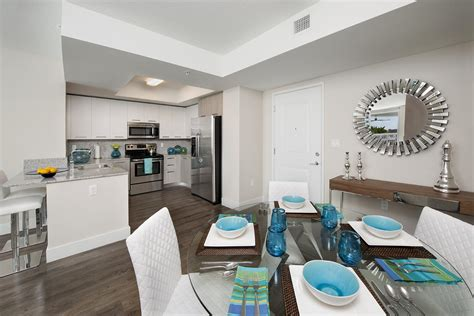 scrumptious one bedroom on tower grove park apartments grove station tower