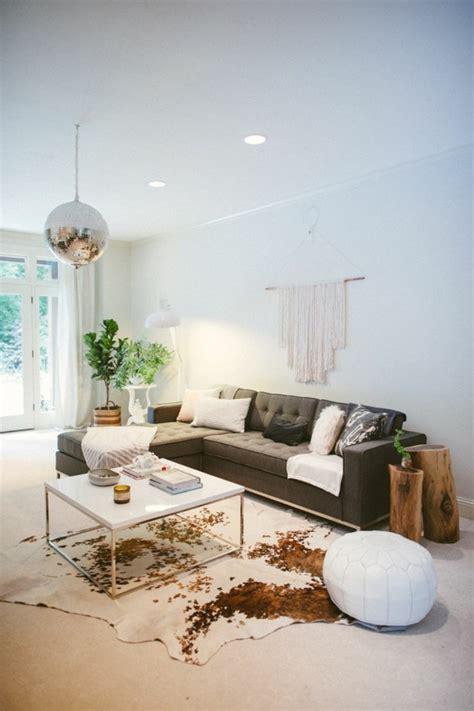 kuhfell teppich im wohn oder schlafzimmer verlegen - Kuhfell Teppich
