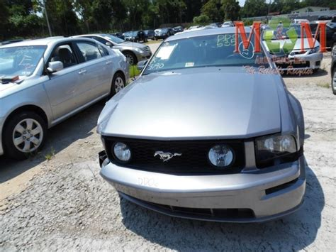 ford mustang windshield used 2006 ford mustang electrical wiper motor windshield