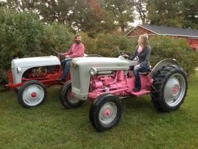 Pin 1953 ford jubilee antique tractor on pinterest