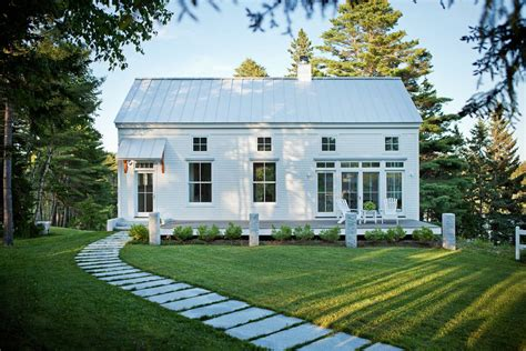 tiny house new england transitional style coastal new england home idesignarch