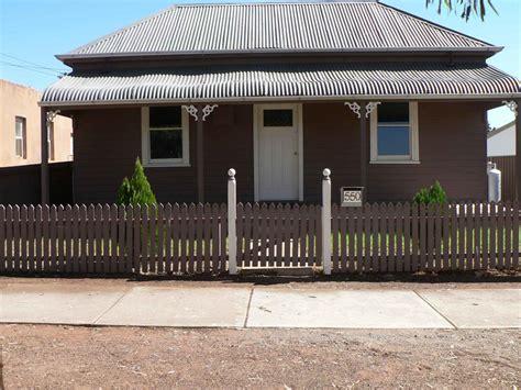Cottage Comfort by Broken Hill Heritage Cottages Broken Hill Accommodation