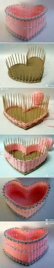 decorative craft ideas for home como hacer una cesta coraz 243 n con cart 243 n y palillos de