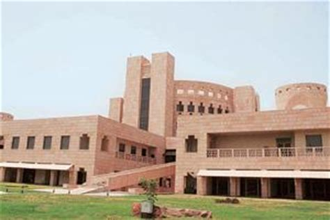 Miint Mba School by Indian School Of Business Placed 20th In Global Top 100