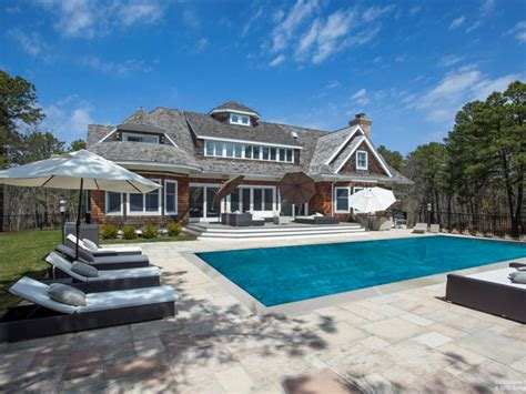 Stylish House Presented By Matthew Breitenbach 5 Hamptons Homes With