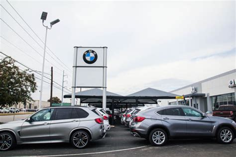 autobahn bmw named bmw dealer   year   dealerrater awards north texas  news