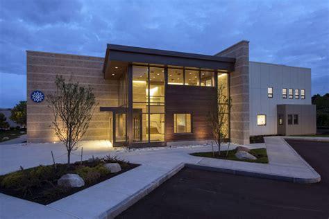 home warehouse design center built in 2012 910 washington street is a 22 388 sf