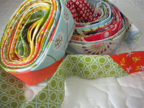Scrappy Quilt Binding by How To Use Scrap Fabric 7 Great Ideas Patterns