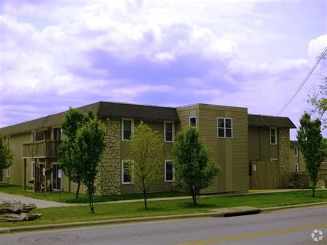Forest Park Apartments Springfield Mo 1533 N Lyon Ave Springfield Mo 65803 Rentals