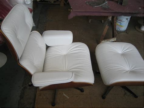 wood  upholstered sofas  chairs traditional  modern design