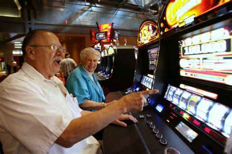 knowing slot machine tricks prevents problem gambling casinogamesprocom