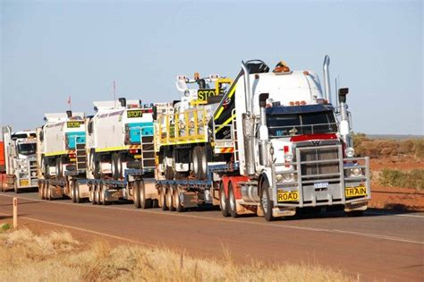 abnormal loads heavyhauling moving with abnormal loads road trucks truck