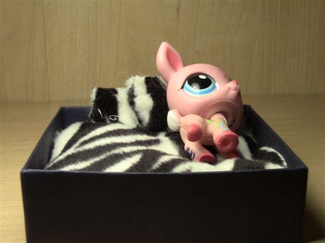 lps beds lps bed i look forward to making kendall s board pinterest