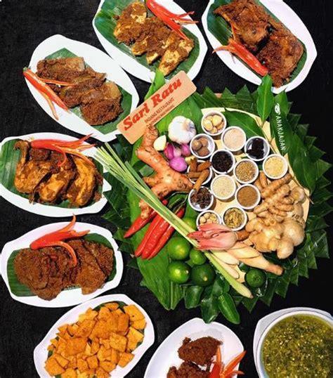 makanan khas padang sumatera barat cocok  oleh oleh