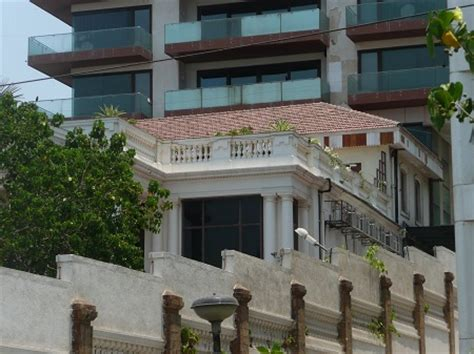 srk house shahrukh khan s house mannat at bandra photos hot