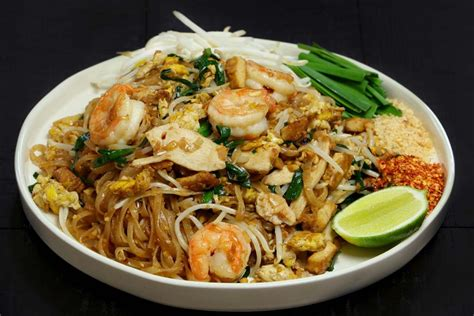 authentic pad thai recipe youtube