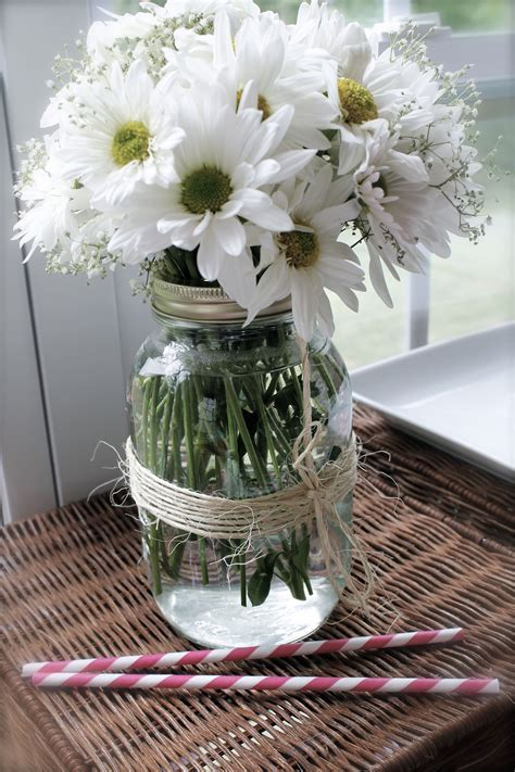 bridal shower country theme mason jars with twine, dasies
