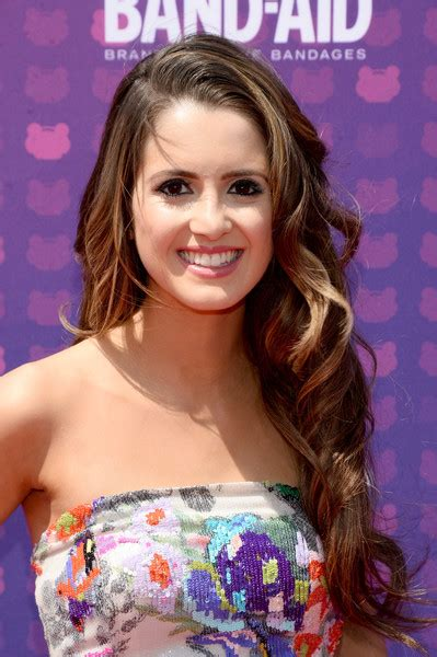 laura marano short wavy cut short hairstyles lookbook laura marano long curls laura marano looks stylebistro