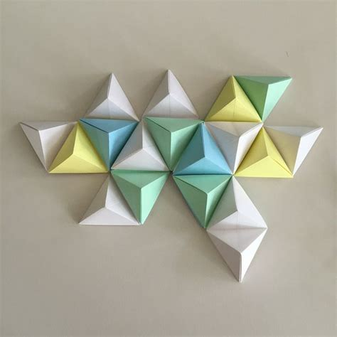 How To Make Geometric Origami - 17 best ideas about origami wall on paper