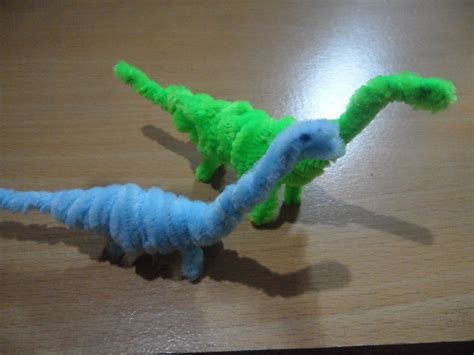 how to make a craft dinosaur for pipe cleaner crafts dinosaur brachiosaurus