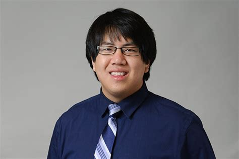 Uconn Part Time Mba Class Profile by Class Of 2013 Darren Luon Future Pharmacist Uconn Today