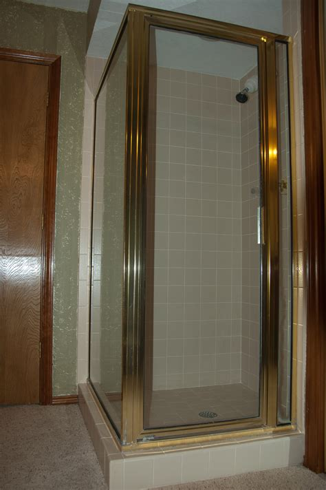 Re Caulking A Shower Stall by Shower Stall Re Grout And Re Caulk Project The Diy