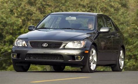 lexus is 300 2004 car and driver