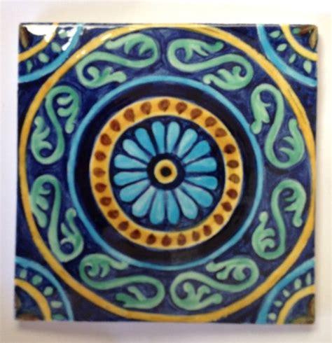 piastrelle dipinte oltre 25 fantastiche idee su piastrelle dipinte su