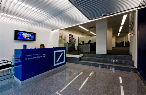 deutsche bank portugal deutsche bank portugal encerra balc 245 es esquerda