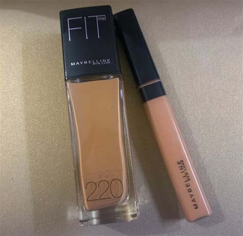 Maybelline Fit Me Dewy And Smooth world through the of a makeupholic maybelline fit me