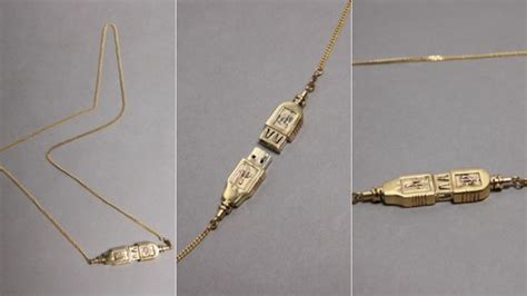 you can t store your stuff on this usb drive necklace