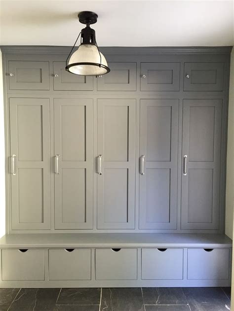 entryway built in cabinets best 25 built in lockers ideas on mudroom