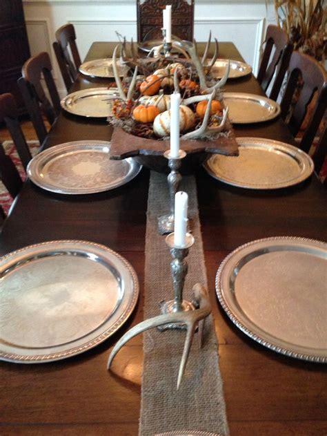 simple autumn dining table centerpiece using dough bowl
