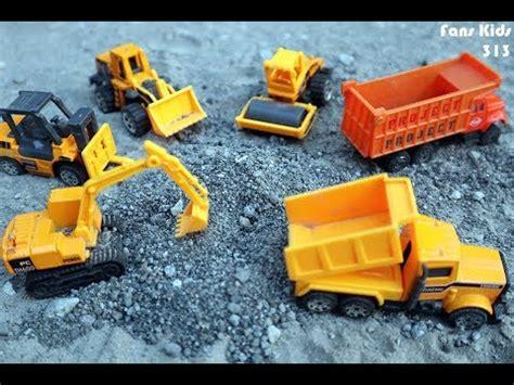 Mainan Anak Truk Keruk Oct6107 vidio excavator mainan mainan oliv