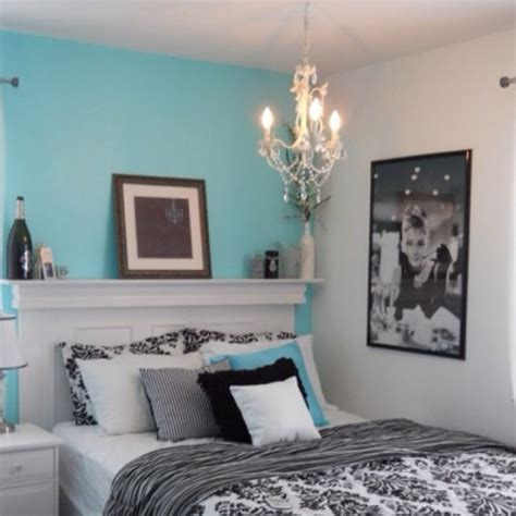 tiffany blue themed bedroom 17 best images about bedrooms on pinterest the