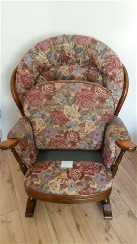 3 seat wooden rocking chair joynson wooden rocking chairs 3 seat settee