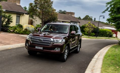 land cruiser toyota 2017 review 2017 toyota land cruiser 200 review