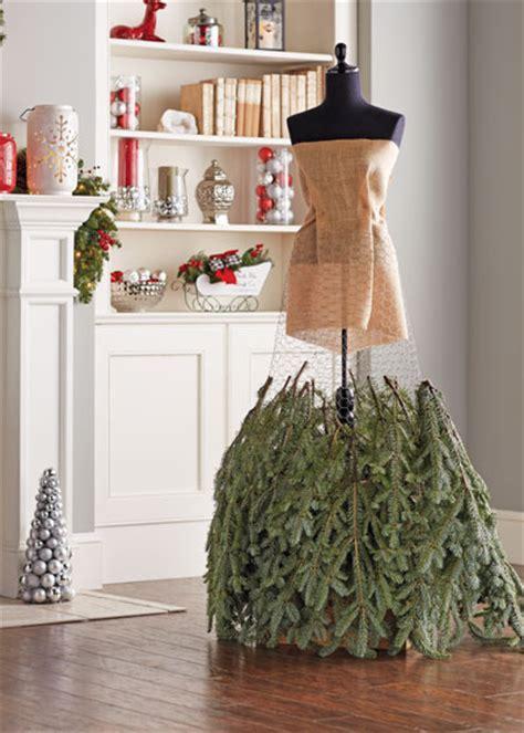 how to make a christmas tree dress garden club