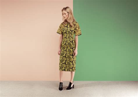 Maudy Flowers Dress and the bunny label lusting the finery